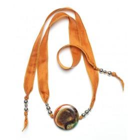 Collar de Ágata verde Craquelé  y Seda Natural